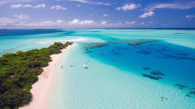 2020-06-25_0001_maldives-1993704_640.jpg